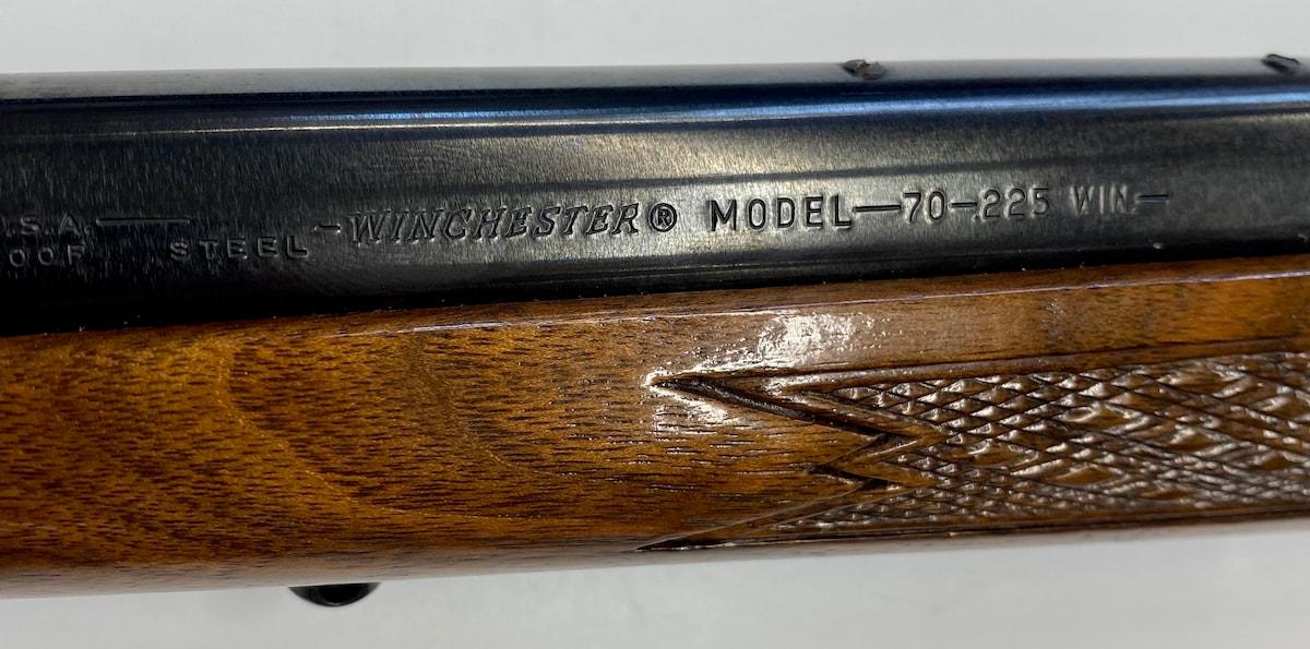 WINCHESTER Model 70 .225 Win Heavy Barrel