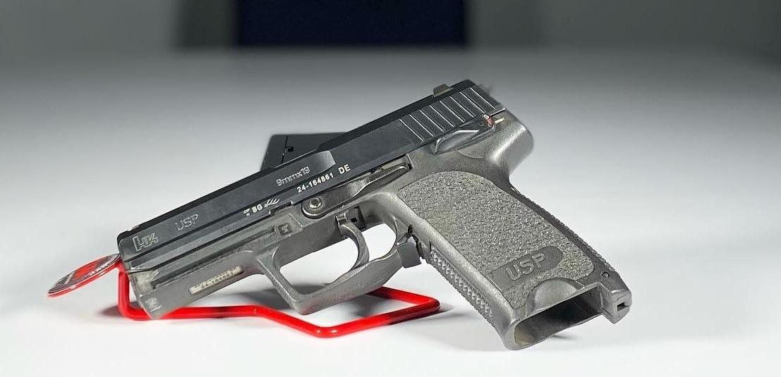 HK USP 9 pistol