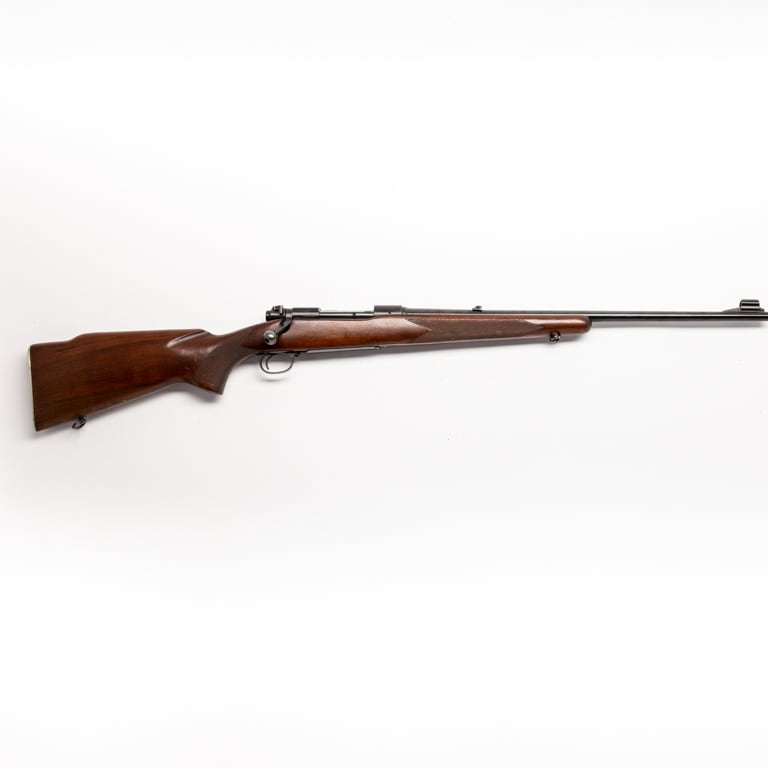WINCHESTER 70 FEATHERWEIGHT (PRE 64)