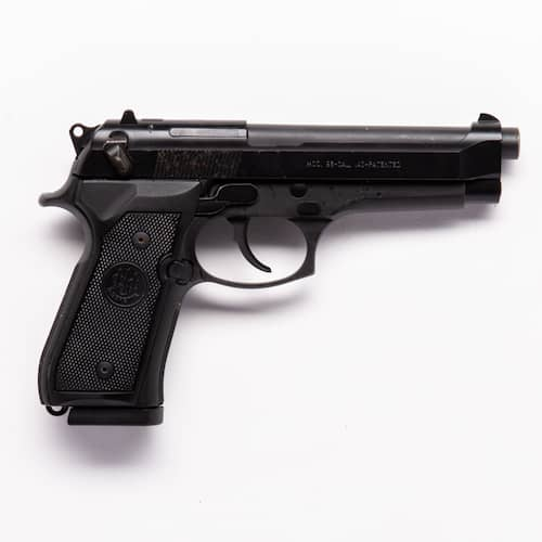 previously owned beretta pistol