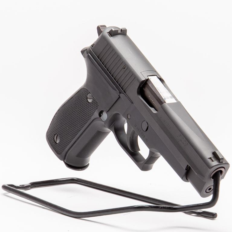 SIG SAUER P226  (WEST GERMAN)