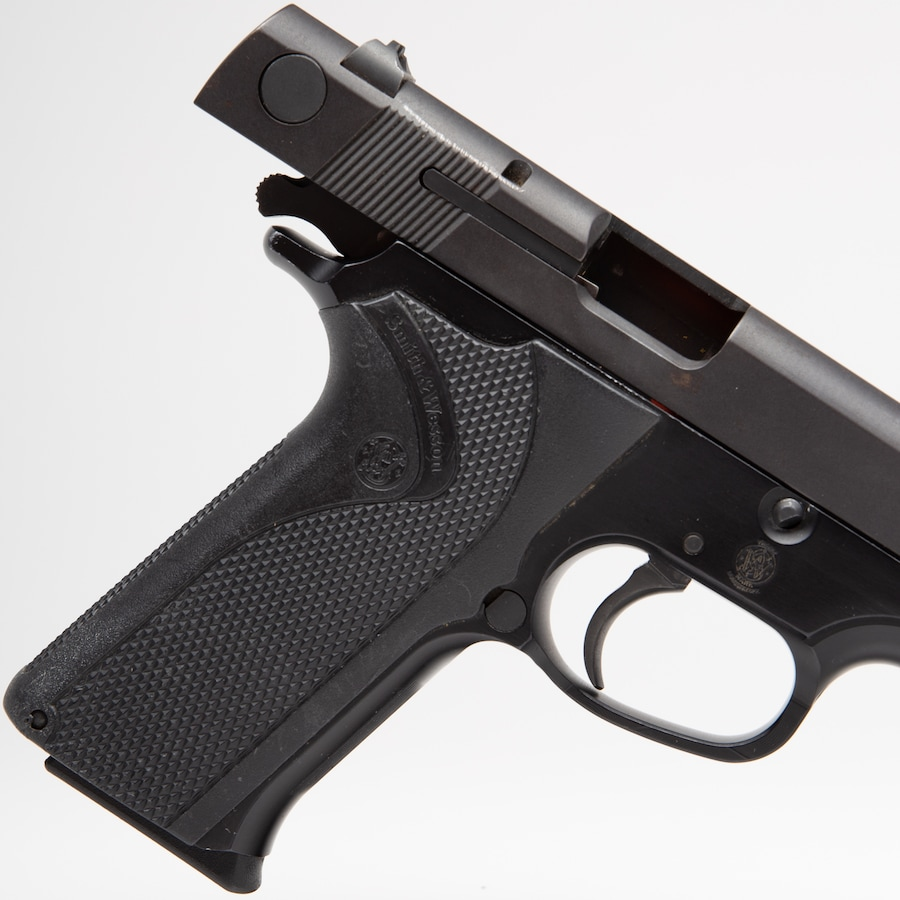 SMITH & WESSON MODEL 915