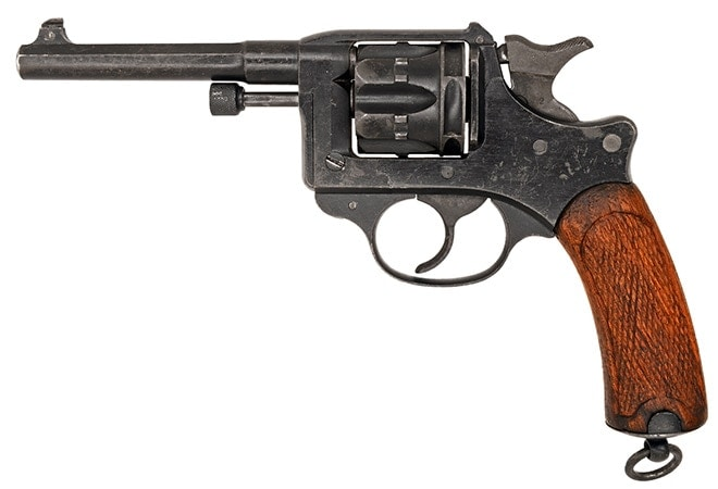 Modèle 1892 revolver on white background