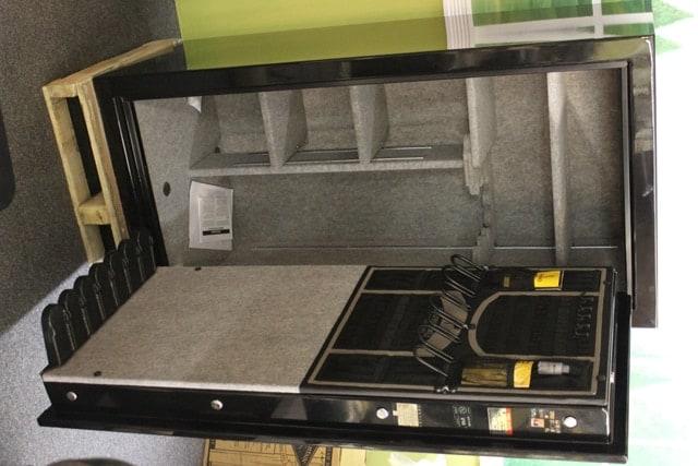 Inside the Browning ProSteel Sprter Safe