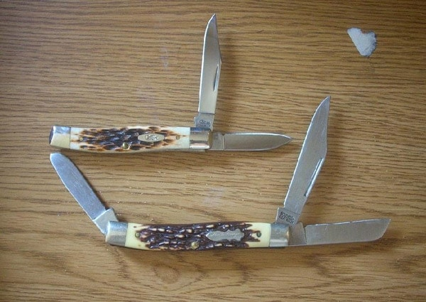 Knives for hunting.