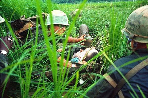 american soldiers injured in vietnam