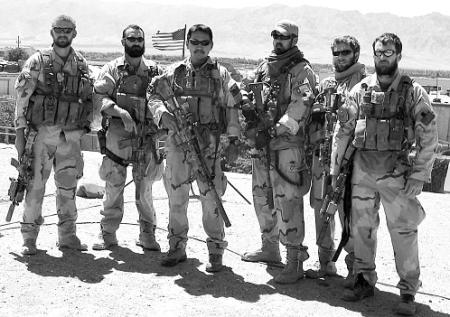 seal team 6 group photo in black and white