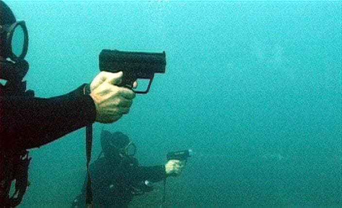 H&K P11 underwater shooting