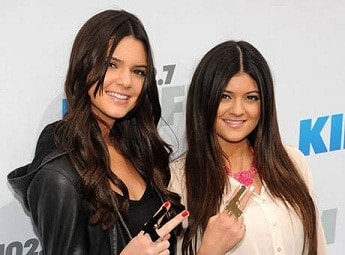 Jenner Sisters Wear Gun Rings