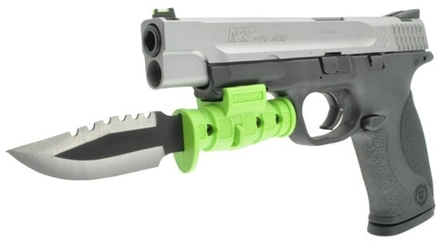Pistol bayonet for zompoc