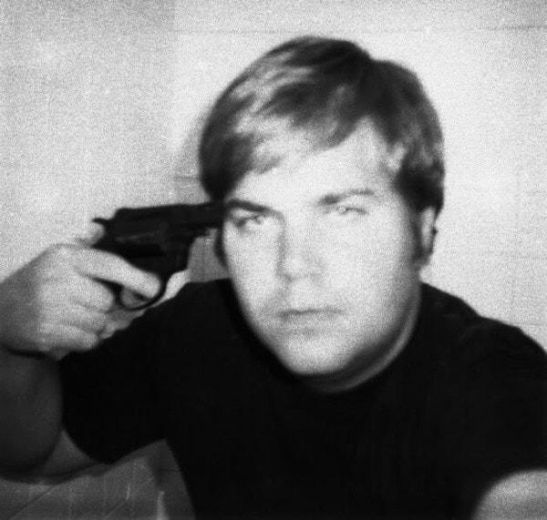 john hinckley with gun