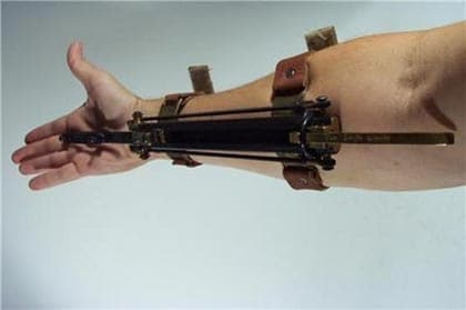 sleeve gun.