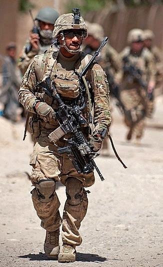 us military member Running PMAGs