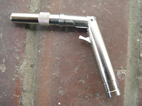 Stinger pen gun open