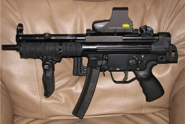 Special Weapons MP5 with accessories