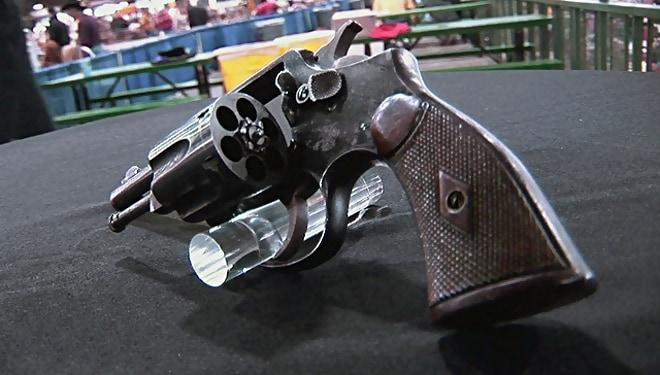 Pretty Boy Floyd's gun (2)