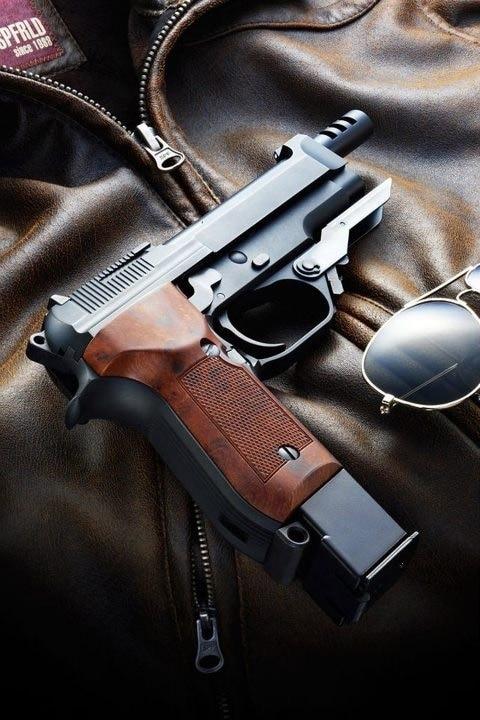 Beretta 93R profile