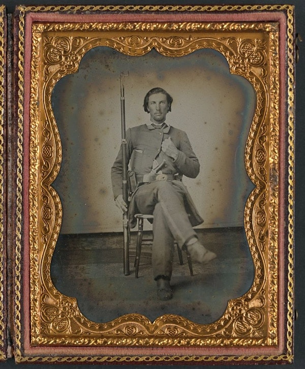 Confederate with 3 band Enfield Pattern rifle.