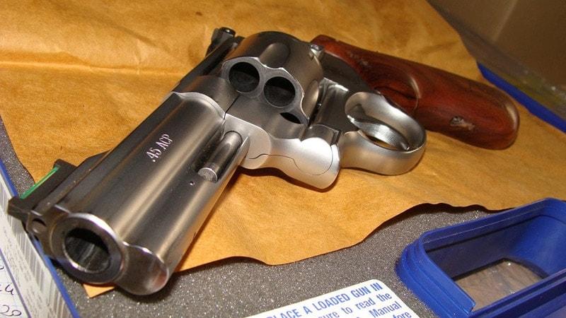 The Smith & Wesson 625JM. (Photo credit: GunsLot.com)