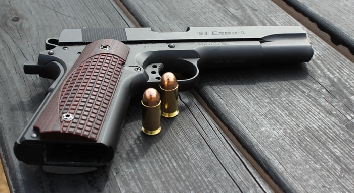 Elite Tactical Carry grips on a Para 1911