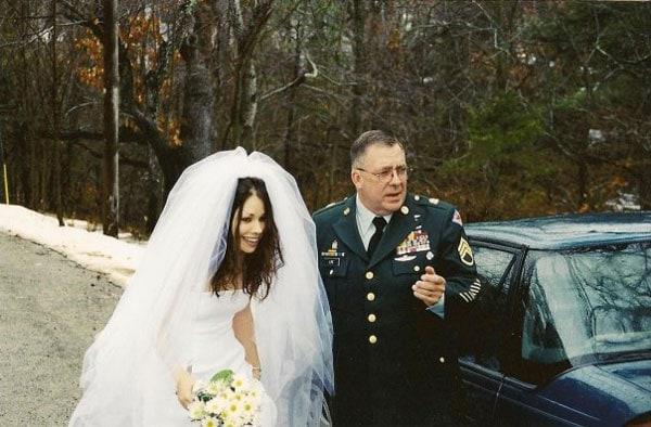 Jennifer Cruz on her wedding day with her father, Bruce Lipe.