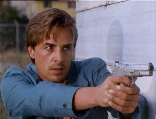 Crockett levels out a Bren Ten on Miami Vice