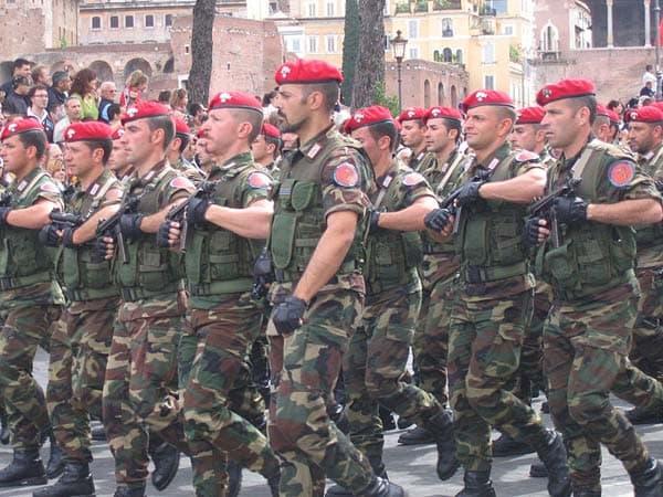 Carabinieri beretta M12s