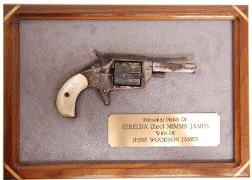 Jesse-James-gun