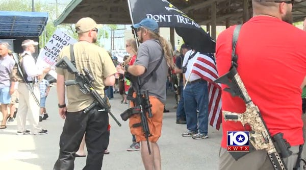 A peaceful protest with armed citizens. (Photo credit: KWTX)