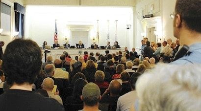 Residents packed the Highland Park City Council chamber on June 26. After taking more than two hours of public comment, the Council voted 6-1 to create a local assault weapons ban.