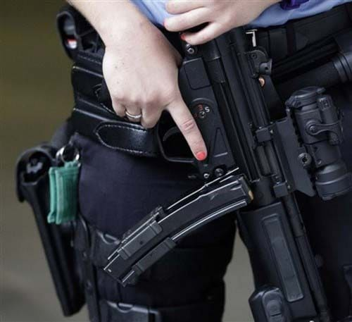 HK MP5 A3 in the hands of a Norwegian police officer.