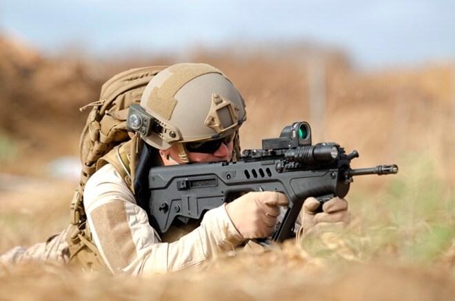 soldier firing IWI-TAVOR-TAR-21-Flattop-5.56-mm