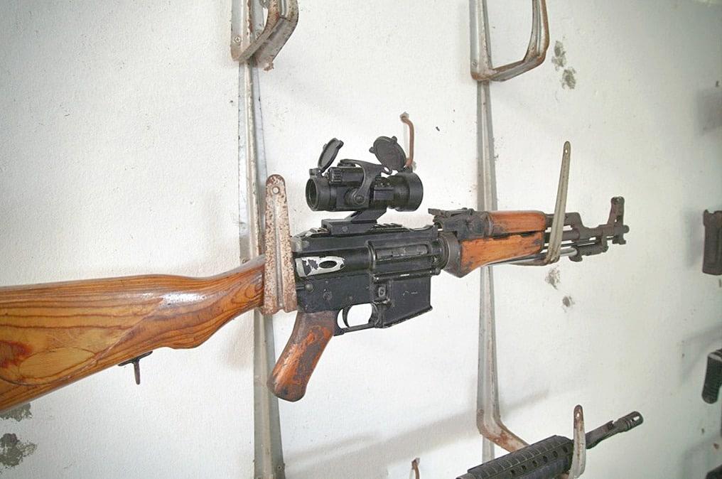 AK-16
