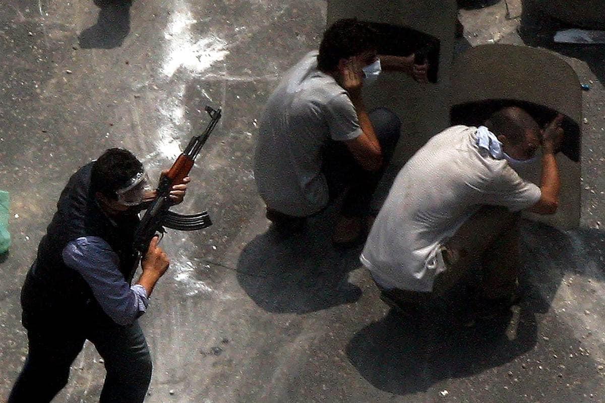 Some Morsi protestors were armed.