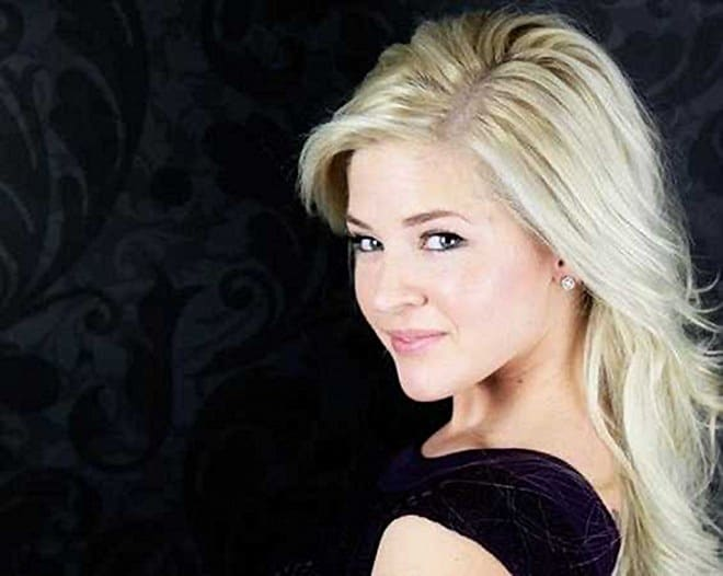 Miss Kansas Theresa Vail (2)