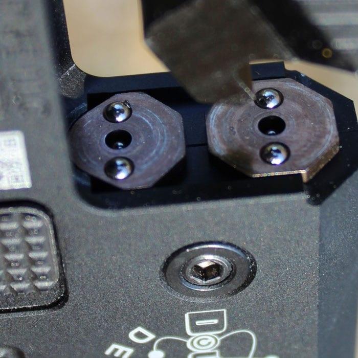 The firing pins alternate.