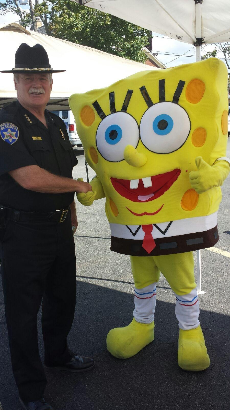 Sheriff Howard with Spongebob Squarepants.