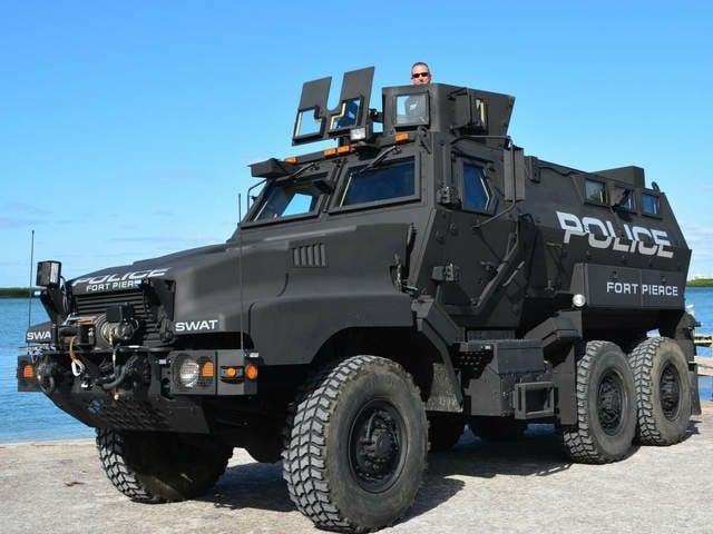 WPTV_Ft._Pierce_Armored_vehicle_1_20140107155111_640_480