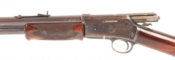 Colt Lightning round barrel