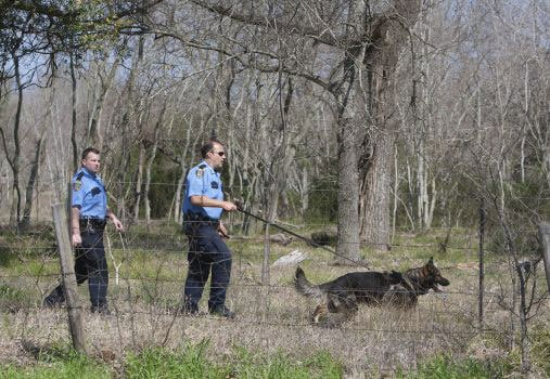 Authorities scoured the area using search dogs, but were unable to find the remaining two suspects. (Photo credit: The Houston Chronicle)