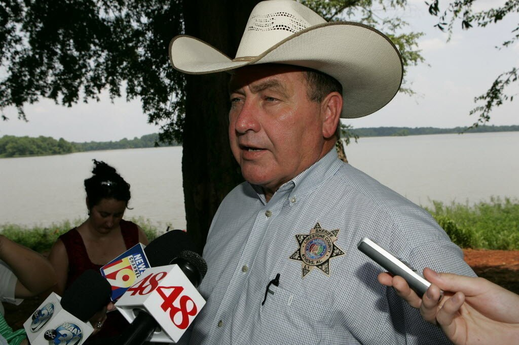 Limestone County Sheriff Mike Blakely, along with the Alabama Sheriffs Association is opposed to SB354 over concerns for public safety (Photo credit: blog.al.com)