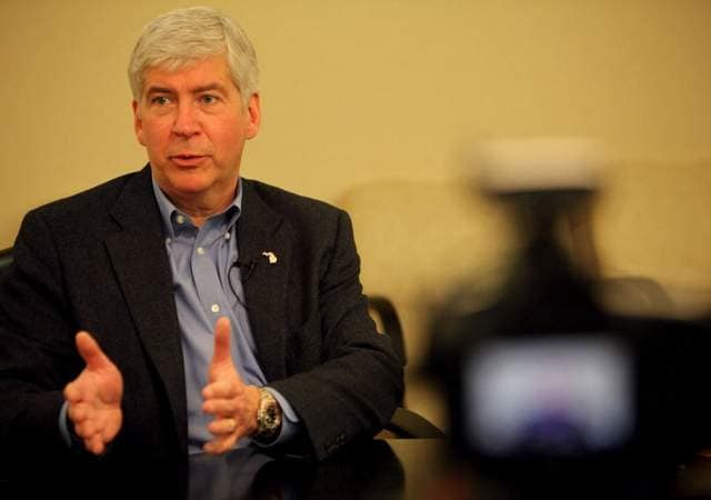 Michigan Gov. Rick Snyder signed a bill that would make it legal for state residents to own NFA-registered short-barreled firearms (Photo credit: Detroit Free Press)