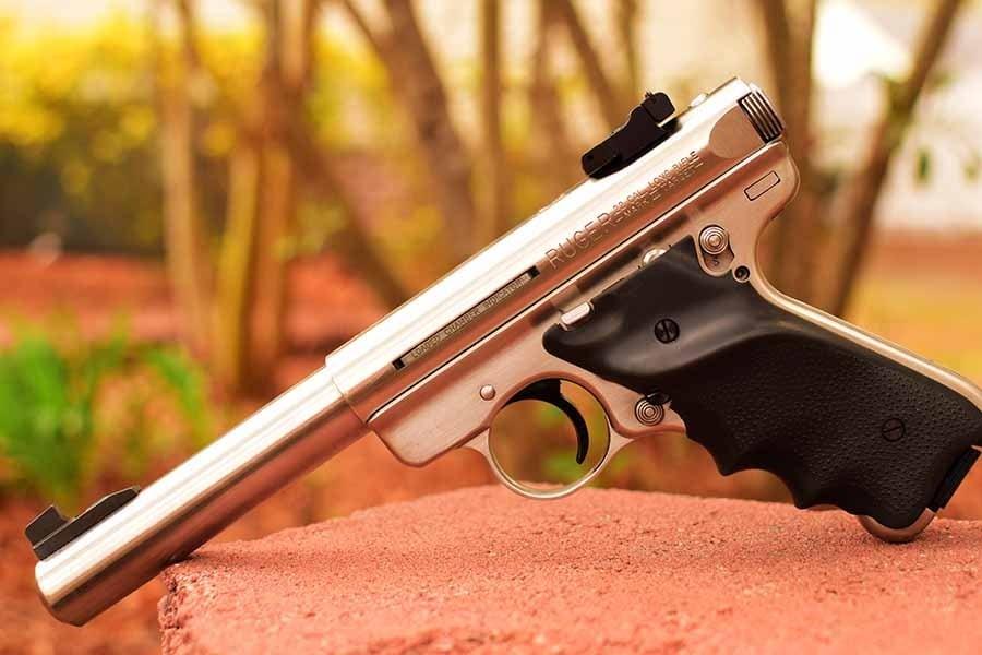 ccw handgun outdoors