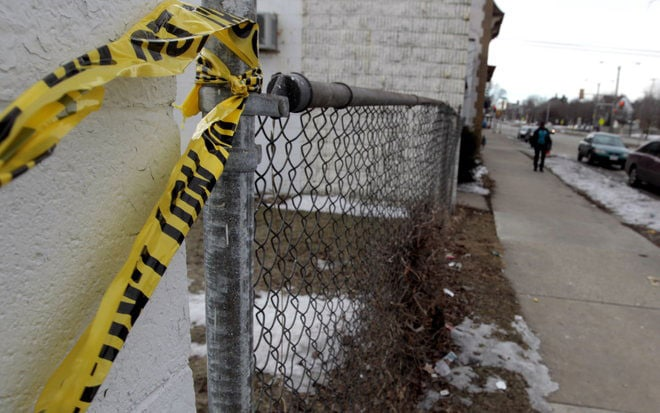 A store clerk working next to the apartment building told reporters that the area could be dangerous and in fact the store where he works was robbed just the day before the shooting occurred. (Photo credit: Journal Sentinel)