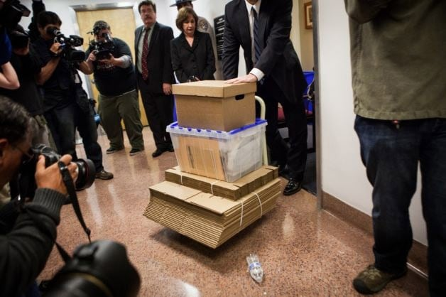 The FBI collecting evidence from California Sen. Leland Yee's office.