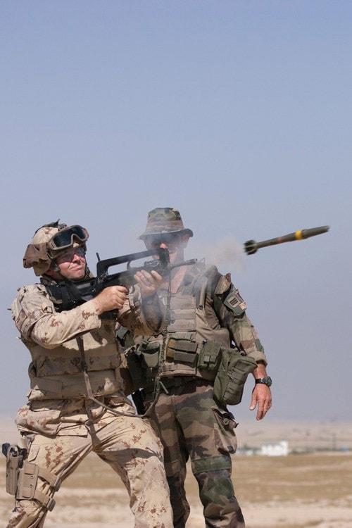 FAMAS rifle grenade canadian
