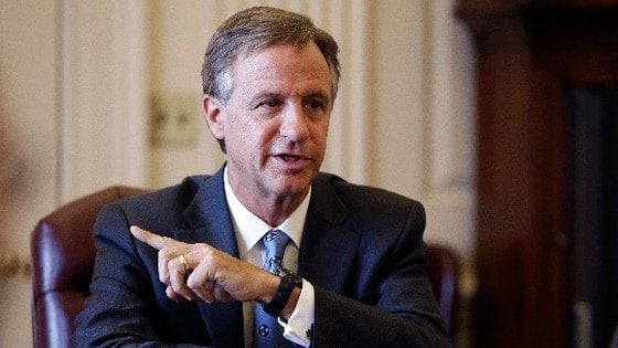 Gov. Bill Haslam's administration has apparently tied a $100,000 anchor to the pending open carry legislation in Tennessee by demanding a change in format to gun permits in the state. (Photo credit: AP)