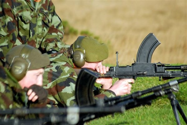 Irish reserves bren guns