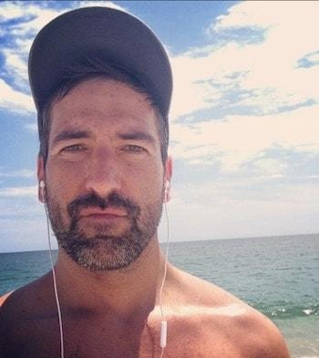 Mark Glaze, selfie after beach run.  (Photo credit: Facebook).