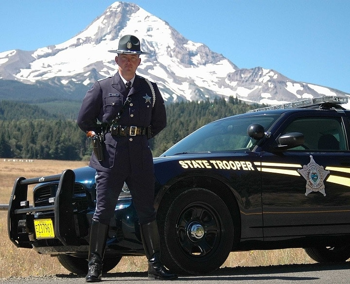 Some would-be gun buyers in Oregon are finding themselves face to face with state troopers following denials. (Photo credit: Oregon.gov)